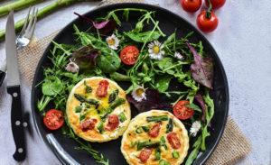 recette mini quiches aux tomates et asperges